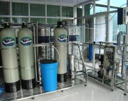 Hệ thống xử lý nước đóng chai, đóng bình